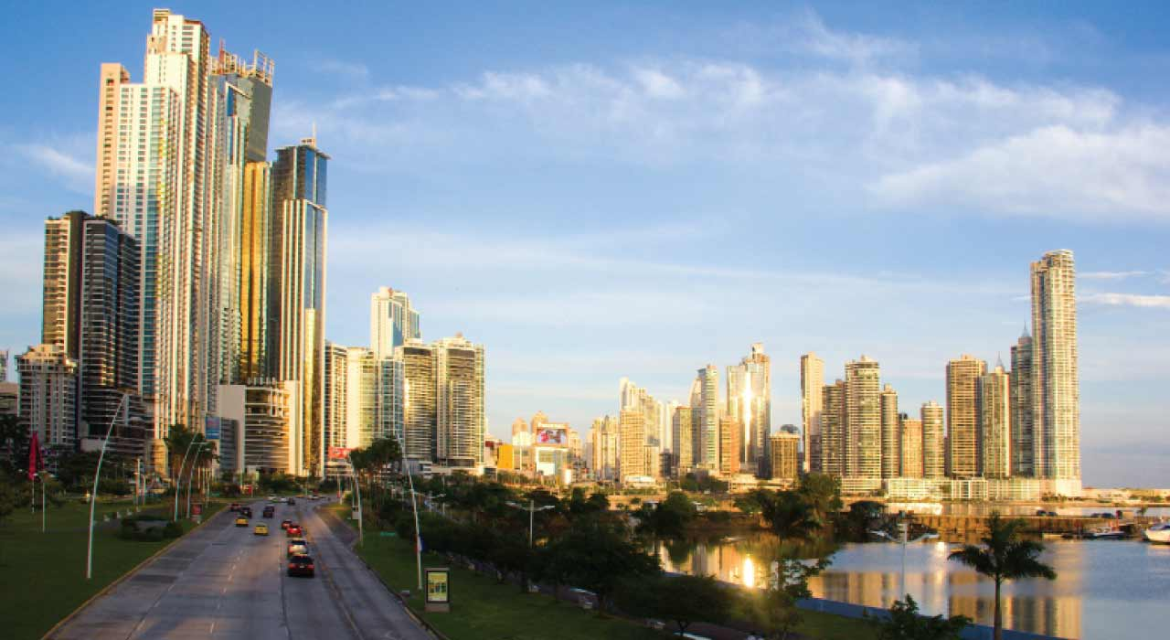 why investing in Panama