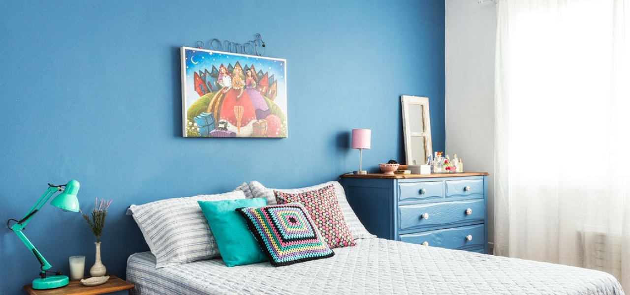 Colores para pintar paredes de la casa tendencias 2017 for Pintura azul pared